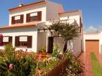House / Villa Santa Cruz for rent / 2 - 12 people - 700m from the Beach