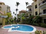 WALK TO THE BEACH! LARGE 2 BR CONDO.