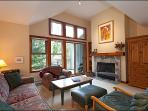 Fantastic Location on Blackcomb Mountain - Only Minutes to Lost Lake (4086)