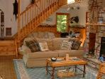 Deluxe Adirondack Cabin on 4th Lake..Pets Welcome!