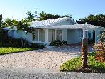 Walk to Ocean-Beautifull 4 Bd 2BA Juno Beach House
