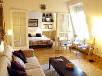 1 bedroom Latin quarter apartment - sleeps 4