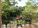 Luxury Riverside Apartment 25mins from Carcassonne