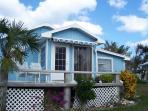One bedroom waterfront cottage @Coco Bay