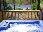 Lakefront Getaway, Mid week specials, Hot Tub