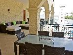 Splendid apartment located Porto Cupecoy Village