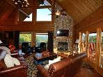 4 Bedroom Luxury Cabin with Amazing Mountain Views