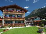 LLAG Luxury Vacation Apartment in Oberstdorf - 495 sqft, quiet, comfortable, WiFi (# 2002)