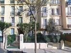 Sunny apartment near old town and port of Nice.