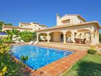 Nice villa full equipped 900 m sandbeach