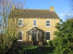 Self Catering 1820 Farmhouse, sleeps 10, Lincs UK