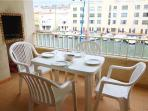 Apartment for 6 persons near the beach in Empuriabrava