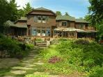 Lake Winnipesaukee 8300 sq ft Upscale 7 Bdrm