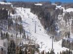 Vail Condo - 2 Minute Walk from Gondola Vantage Pt