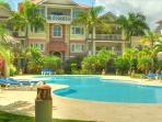 New King Sized Condo by the Beach in the Center Cabarete Bay