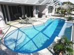 Villa Del Carmen - 3/2 Electric Heated Pool Home, Lake Front, High Speed Internet