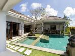 Villa Seratus luxury 1 Bedroom villa with 50m pool