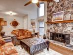 #17 ASPEN Luxurious Town Home Living! $230.00-$265.00 BASED ON FOUR PEOPLE OCCUPANCY AND NUMBER OF NIGHTS (plus county tax, SDI, and processing fee)