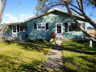 Cozy House with Internet Access and Wireless Internet - Anaconda vacation rentals