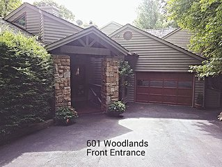 Linville Ridge Townhome, Grandfather Mtn View, Close to Slopes - Linville vacation rentals