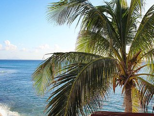 BEAU RIVAGE...comfortable home on Burgeoux Bay beach, walk to Maho or Simpson - Beacon Hill vacation rentals