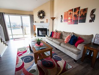 Free Nite * Beautiful Decor*Great Main Channel View*4 Bd/2BA *Sleeps 12* Wifi - Osage Beach vacation rentals