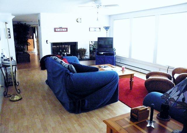SPACIOUS 4 BEDROOM HOME IN BREWSTER'S ROBINWOOD NEIGHBORHOOD - Image 1 - Brewster - rentals