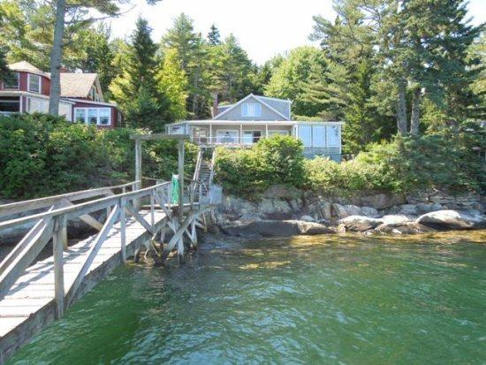 Pine Cliff Dweller - PINE CLIFF DWELLER| SOUTHPORT ISLAND | AMAZING OCEAN VIEWS| PRIVATE DOCK & FLOAT| COVERED & OPEN DECKS | ISLAND LIVING - Southport - rentals