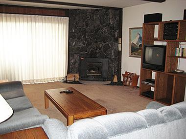 Living Room - The Summit - TS031 - Mammoth Lakes - rentals