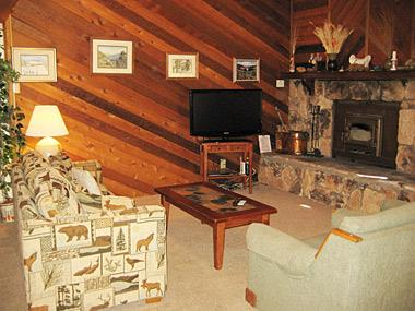Living Room - Snowflower - SF063 - Mammoth Lakes - rentals