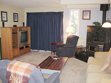 Living Room - Mammoth View Villas - MVV18 - Mammoth Lakes - rentals