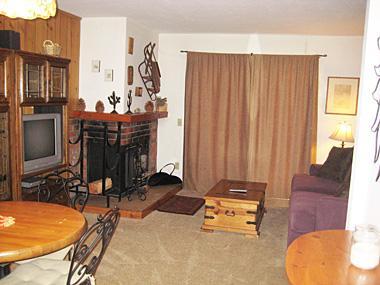 Living Room - Mammoth View Villas - MVV08 - Mammoth Lakes - rentals