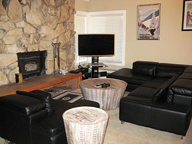 Living Room with Flatscreen TV - Fireside at the Village - MF314 - Mammoth Lakes - rentals
