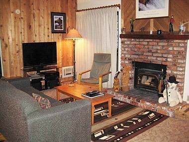 Living Room with Flatscreen TV - Hidden Valley - HV104 - Mammoth Lakes - rentals