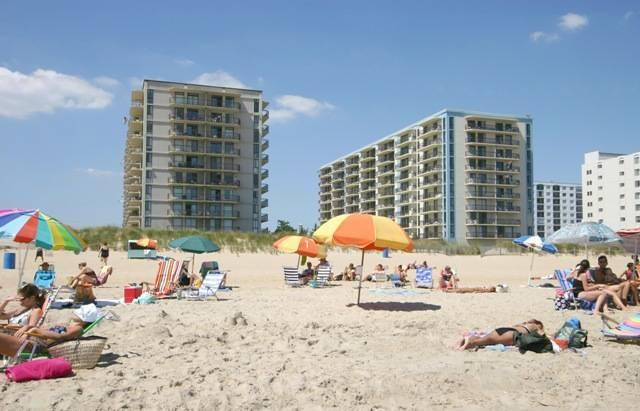 Ocean City 3 Bedroom, 2 Bathroom Condo (BRAEMAR 1702) - Image 1 - Ocean City - rentals