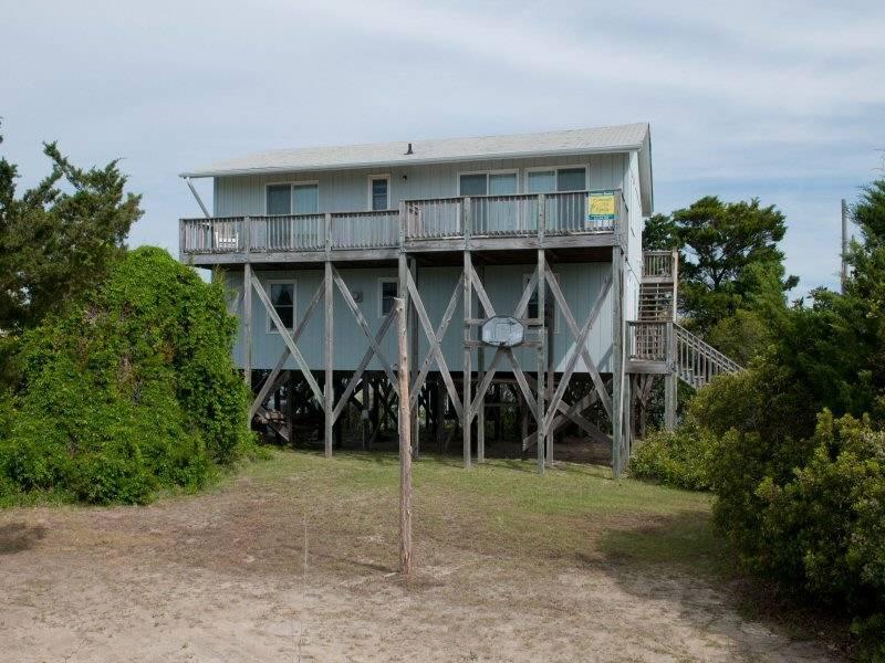 Garvey Cottage - Image 1 - Emerald Isle - rentals