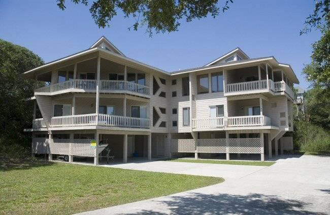 Dune's Crossing South - Image 1 - Emerald Isle - rentals