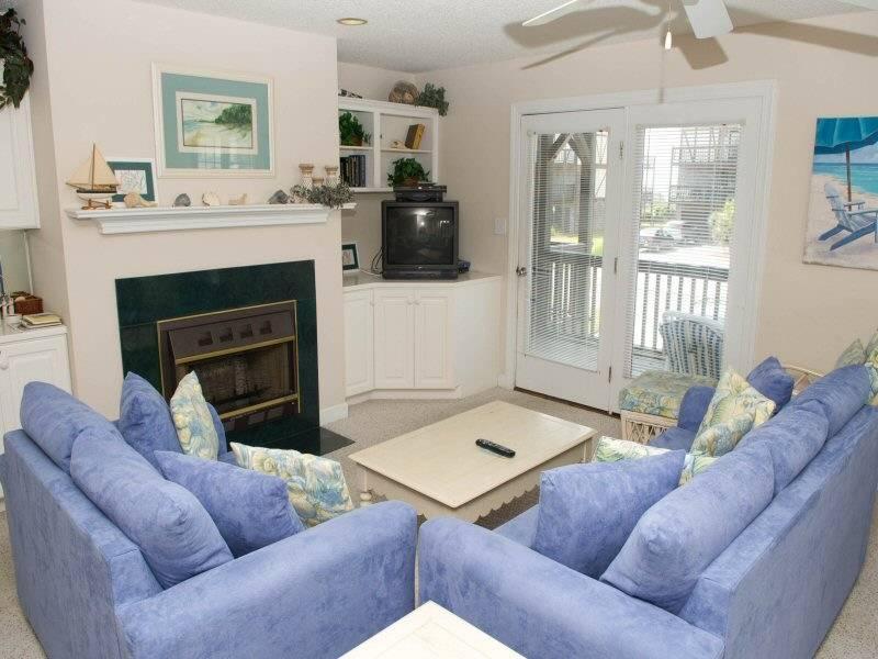 Ocean Reef 17-B-1 - Image 1 - Emerald Isle - rentals