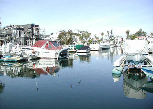 Stunning views of the bay and personal watercraft - Huge Patio on the Balboa Channel! BBQ, Great Views and Walk to Shops! (68122) - Newport Beach - rentals