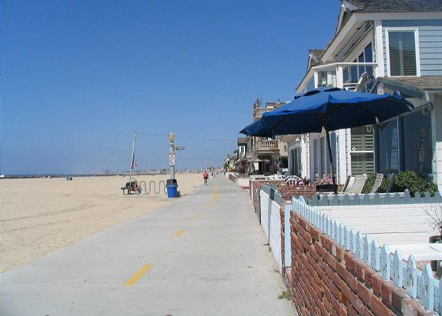 The boardwalk - Oceanfront Single Family Home! Excellent Views & Patio! (68169) - Newport Beach - rentals