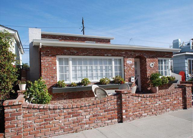 Cute & Comfortable Balboa Peninsula Point Single Family Home! (68125) - Image 1 - Balboa - rentals