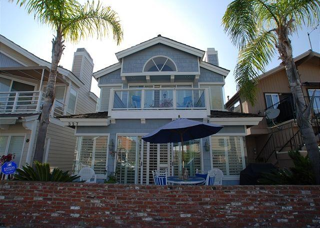 Single family home near the Balboa Pier and Fun Zone - Beautiful Bayside Single Family Home! Rooftop Deck! (68233) - Balboa - rentals