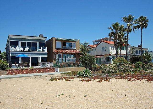 Just steps from the sand. - Beautiful Oceanfront Upper Duplex! Come & Relax at the Beach! (68300) - Balboa - rentals