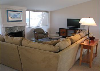 2 Bedroom, 2 Bathroom Vacation Rental in Solana Beach - (SUR35) - Image 1 - Solana Beach - rentals