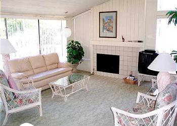 2 Bedroom, 2 Bathroom Vacation Rental in Solana Beach - (SUR4) - Image 1 - Solana Beach - rentals