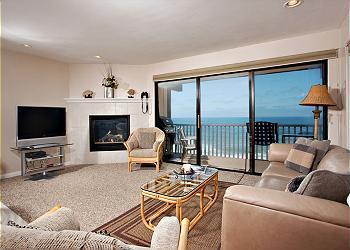 2 Bedroom, 2 Bathroom Vacation Rental in Solana Beach - (DMBC807C) - Image 1 - Solana Beach - rentals