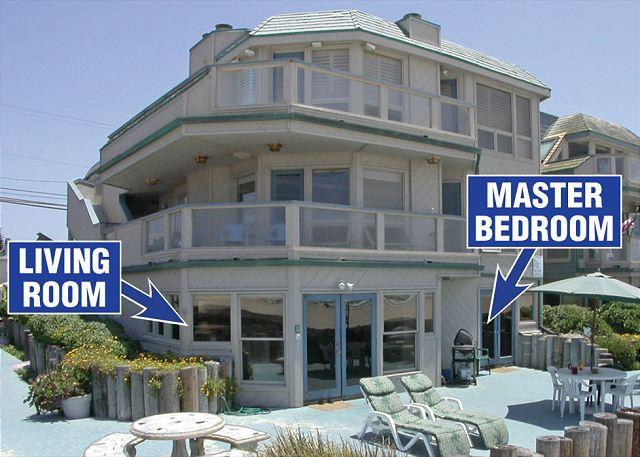 2917 Oceanfront Walk Exterior - Beautiful  Ocean Front Condo with a huge ground level patio,and ocean view - Pacific Beach - rentals