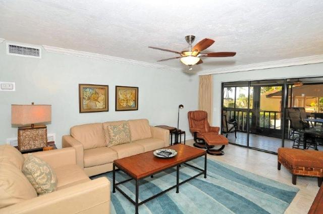 Spacious Living Area Leads out to Lanai - Crescent Beach Gulf Side 3BR/2BA- Buttonwood 417 - Siesta Key - rentals