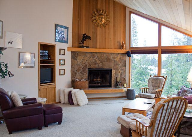 Red Alder Lane #3 - Inviting Sunriver Home Pet-Friendly in a Peaceful Setting Near Store - Sunriver - rentals
