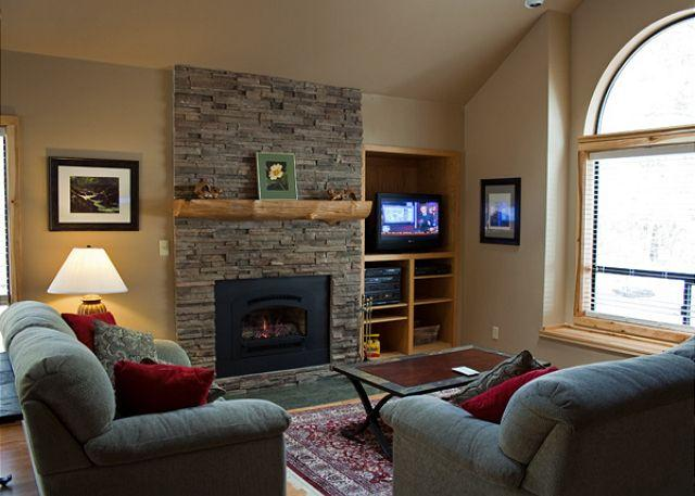 Redwood Lane #7 - Family Fun Sunriver Home with Great Kitchen and Pet Friendly Near North End - Sunriver - rentals